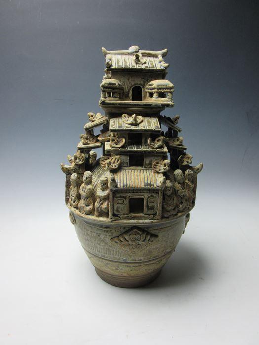 中国 青磁神亭壷