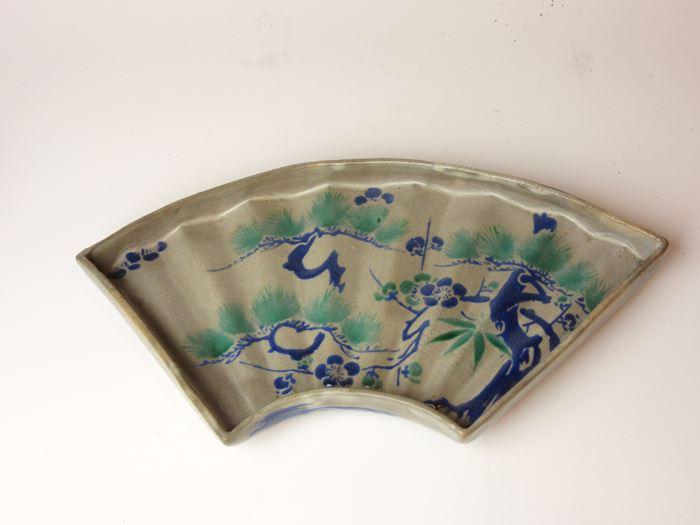 古清水 色絵松竹梅文扇形皿