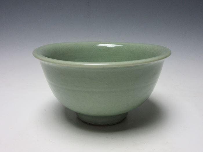 中国 天龍寺青磁陰刻花文碗