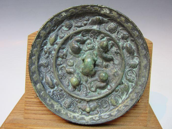 中国 海獣葡萄鏡