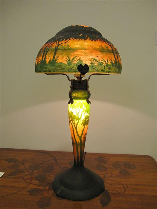 ドーム 被せガラス風景文ランプ