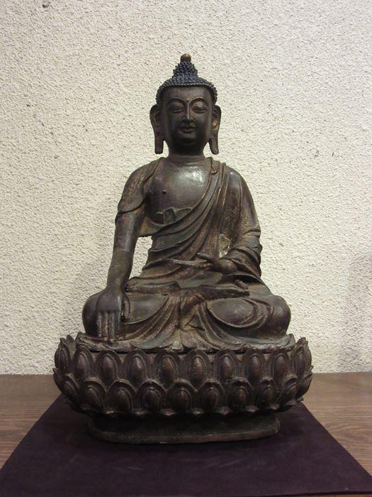 中国 鍍金仏坐像